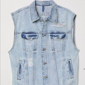 H&M Denim Vest in Men's size XL